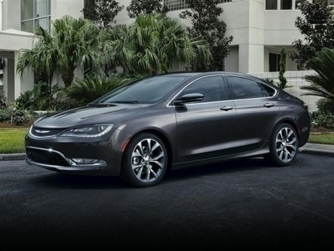 Certified Pre-Owned 2015 Chrysler 200 Limited FWD 4D Sedan